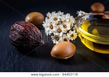 Argan oil with fruit and nut