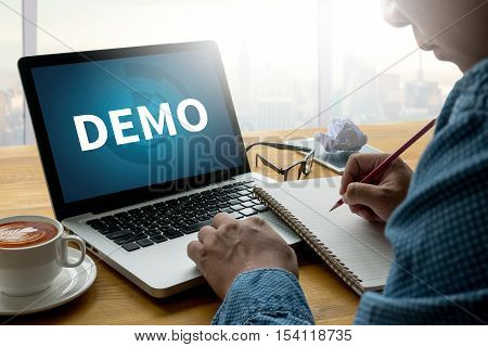 DEMO (Demo Preview Ideal) backlinks, blogging, businessman, casual, coach