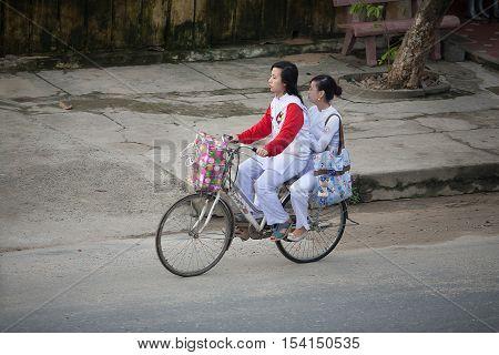 School Children Hoi An, Vietnam