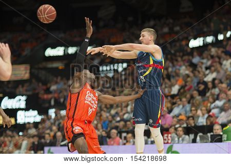 VALENCIA, SPAIN - OCTOBER 30th: (R) Walker. (L) Sato during spanish league match between Valencia Basket and Morabanc Andorra at Fonteta Stadium on October 30, 2016 in Valencia, Spain