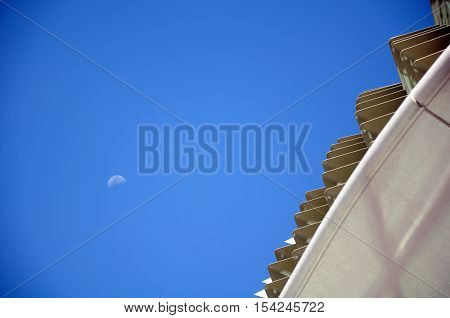 Close-up to Roof detail esplanade, Singapore city