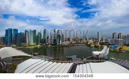 SINGAPORE - APRIL 15: Singapore city skyline and Marina Bay on April 15, 2016 in Singapore.