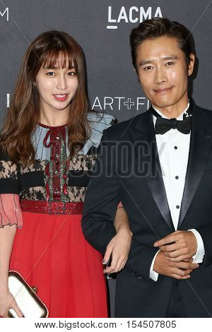 LOS ANGELES - OCT 29:  Lee Min-jung, Lee Byung-hun at the 2016 LACMA Art + Film Gala at Los Angeels Country Museum of Art on October 29, 2016 in Los Angeles, CA