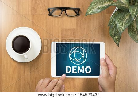 DEMO (Demo Preview Ideal) Trial Ideal and Demo Preview poster