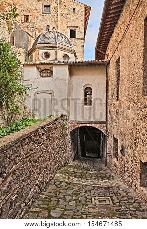 Bolsena, Viterbo, Lazio, Italy: old alley and underpass in the historic town center