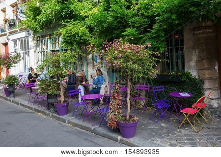 Parisian Cafe On The Ile De Cite