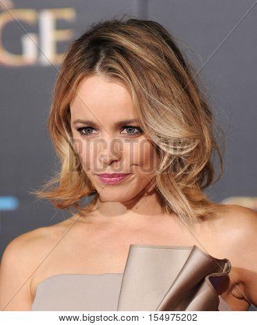 LOS ANGELES - OCT 20:  Rachel McAdams arrives to the