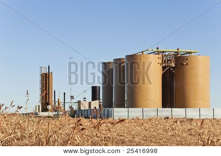 Treater And Tanks For Crude Oil And Condensate