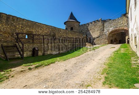 Stara Lubovna, Slovakia - Aug 28, 2016: Inner Courtyard Of Old Medieval Castle. Tower And Entrance I