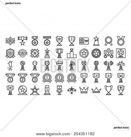 Award Outline Icons Perfect Pixel. Use For Website, Template,package, Platform. Concept Business Obj