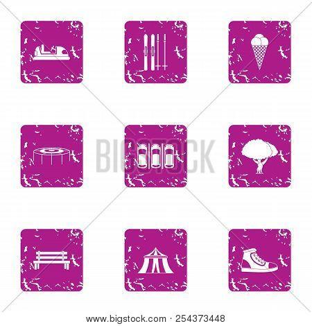 Parkland Icons Set. Grunge Set Of 9 Parkland Vector Icons For Web Isolated On White Background
