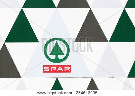 Sete, France - July 3, 2018: Spar Logo On A Wall. Spar Is An International Group Of Independently Ow