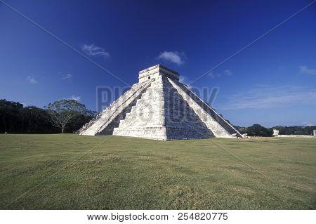 Mexico Yucatan Chichen Itza Maya Ruins