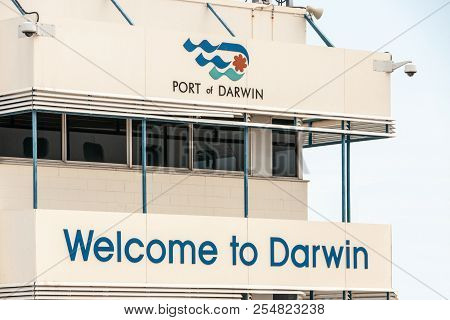 Darwin, Northen Territory, Australia - December 1, 2009: Welcome Sign With Logo To The Port Of Darwi