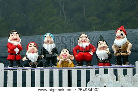 Cameron Highlands, Malaysia - : December 27, 2015 : Garden Dwarfs, Statue Of The Seven Dwarfs From T