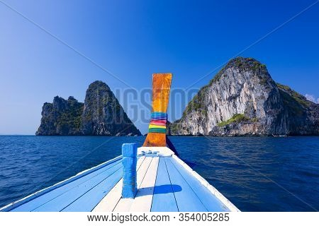 Koh Chuak Island,trang Province Thailand,cliff At Koh  Koh Kradan Island,pakmeng Sea