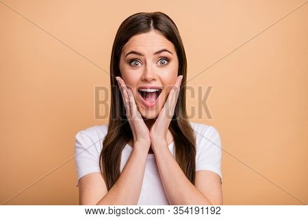 Portrait Of Astonished Crazy Girl Look Incredible Black Friday Bargains Impressed Touch Hands Face S