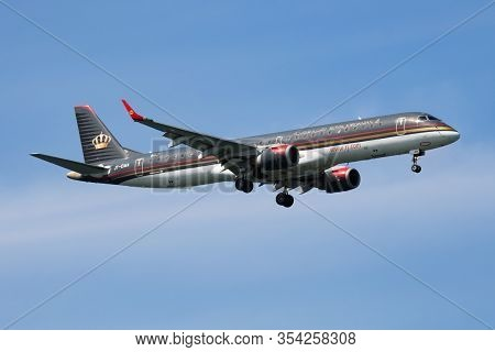 Istanbul / Turkey - March 28, 2019: Royal Jordanian Airlines Embraer 195 Jy-ema Passenger Plane Land