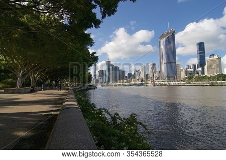 View Of The Clem Jones Promenade, Brisbane River And The Skyline Of The Cbd District In The Backgrou