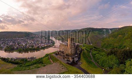 Bernkastel Burgruine Landshut Mosel River Germany, Old Castle Looking Out Over The River Mosel