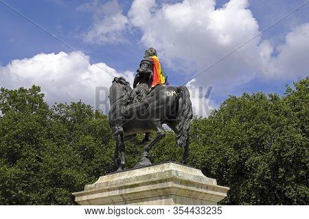 Bristol, Uk- July 9, 2017: An 18th-century Statue Of William Iii In Queen Square, Bristol, Uk Decora