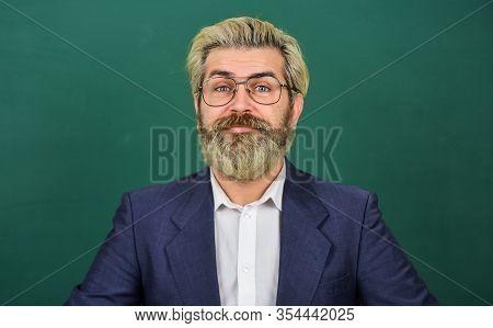 Nerdy Genius. Genius Man Green Chalkboard. Genius Teacher Wear Glasses. Brainbox. School And Educati