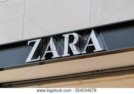 Bordeaux, France, March 07, 2020 : Zara Spanish Apparel Retailer Company That Sells Fashion, Clothin