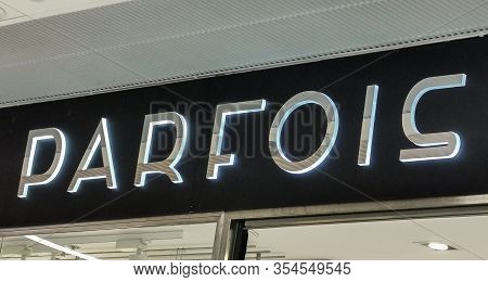 Bordeaux, France, March 07, 2020 : Parfois Store Boutique Sign Logo In Front Facade, This Is A Frenc