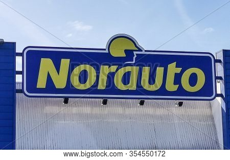 Bordeaux, France, March 07, 2020 : Norauto Logo, Sign, Signboard Company Car Or Auto Parts Shop And