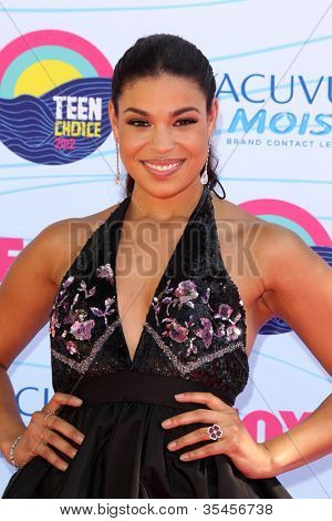 LOS ANGELES - JUL 22:  Jordin Sparks arriving at the 2012 Teen Choice Awards at Gibson Ampitheatre on July 22, 2012 in Los Angeles, CA
