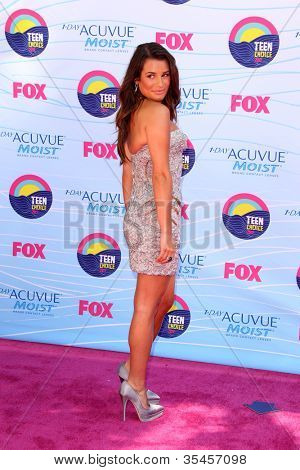 LOS ANGELES - JUL 22:  Lea Michele arriving at the 2012 Teen Choice Awards at Gibson Ampitheatre on July 22, 2012 in Los Angeles, CA