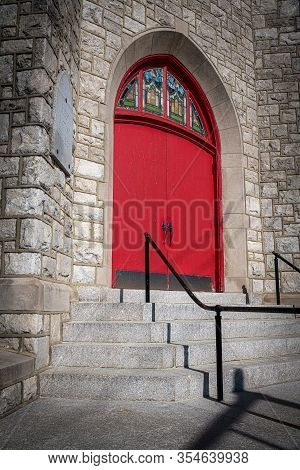 Burlington, New Jersey - March 4: A Church Entrance With Steps And Red Door On March 4 2020 In Burli