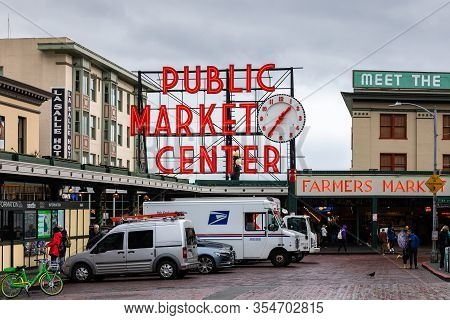 Seattle, Washington, Usa - October 9, 2019: In Front Of Public Market Center Of Pike Place Market In