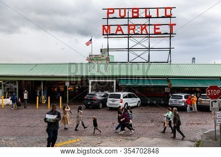 Seattle, Washington, Usa - October 9, 2019: People Walking Around Public Market Of Pike Place Market