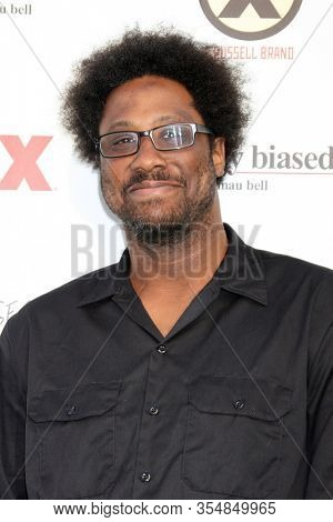 LOS ANGELES - JUN 12:  W Kamau Bell at the FX Summer Comedies Party at the Lure on June 12, 2012 in Los Angeles, CA