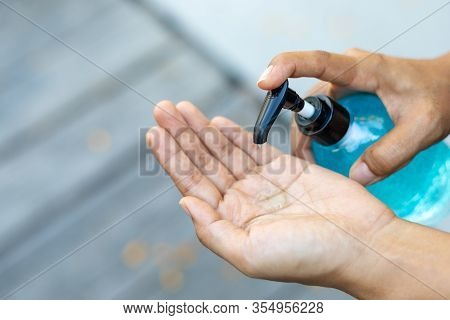 Washing Hands By Using Alcohol Gel , Woman Using Alcohol Gel Clean Wash Hand Antiviral Bacteria And