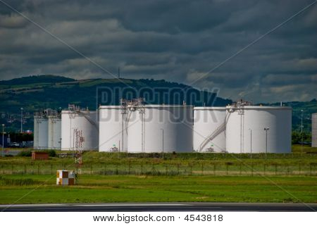 Aviation Fuel Tanks