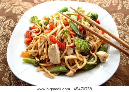 Meal of Chicken Lo Mein