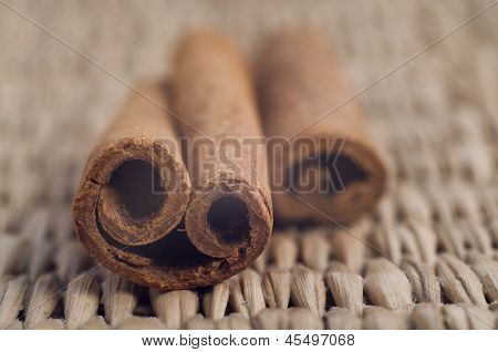 Cinnamon smile stick