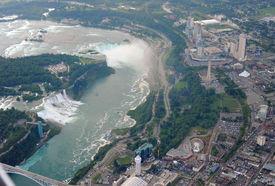 Niagara Falls In Overcast Day