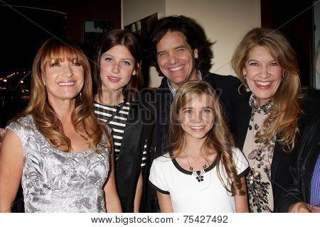 LOS ANGELES - NOV 4:  Jane Seymour, Keenan Kampa, Paris Abbott, Michael Damian, Janeen Damian at the