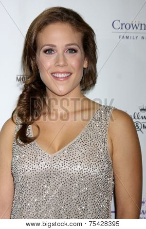 LOS ANGELES - NOV 4:  Erin Krakow at the Hallmark Channel's