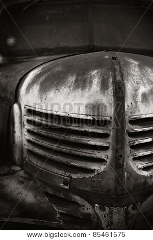 Old Car BW