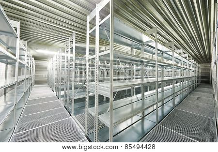 New modern metal warehouse shelves construction