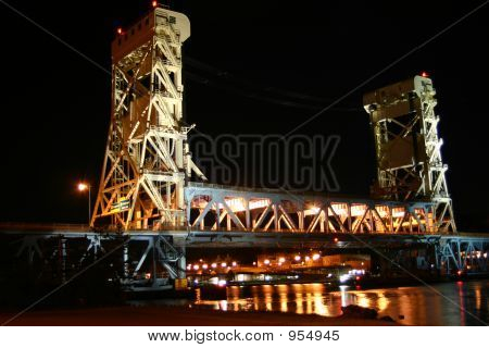 Houghton-Hancock Bridge At Night