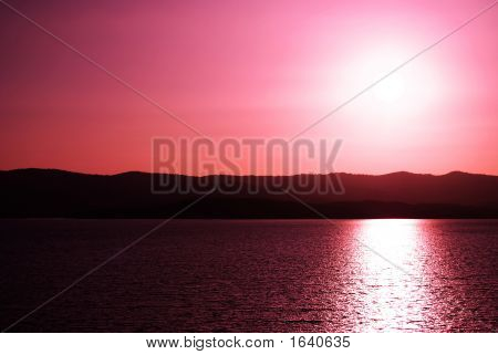 red peacefull sunset