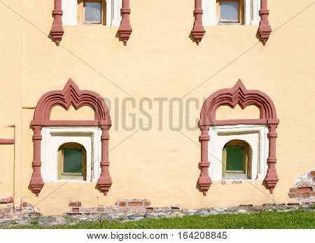 Windows of House cellarer - a two-storey outbuilding of the second half of the XVII century on the territory of the Kirillo-Belozersky Monastery Vologda region Russia.