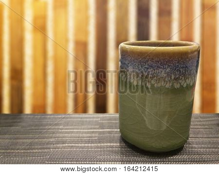 hot green tea an idea of the best beverage with the Japanese style foods and healthy