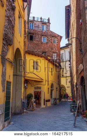 Picturesque Alley In Lucca, Tuscany, Italy