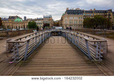 Passerelle Leopold-sedar-senghor In Paris, France